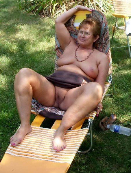 over 40s hairy pussy uk