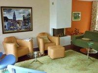 Aangeboden: - Kleuradvies voor interieur en huis n.o.t.k.