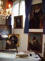 Restauratie beschadigde schilderijen beelden gravures tekeningen