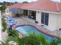 Ruime luxe vakantie villa op zonnig
