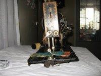 Handnaaimachine met parelmoerstenen