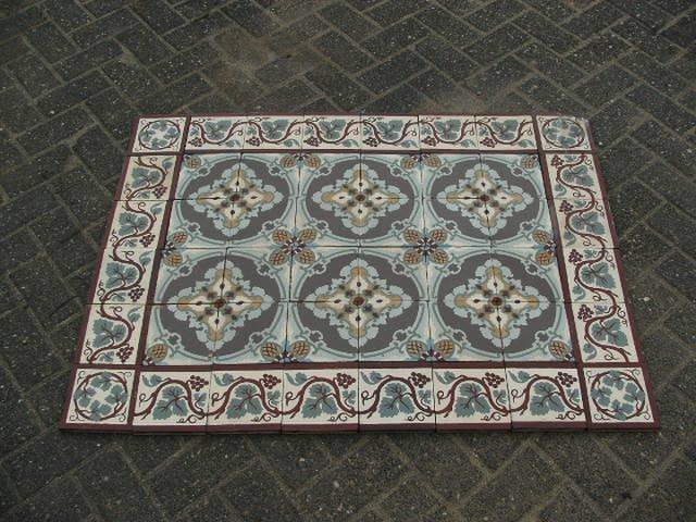 Tegels Te Koop : Oude antieke tegels vloertegels cementtegels vloer g te koop