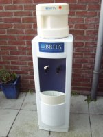 Brita groot model waterzuiveraar en dispenser,