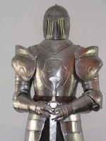 Aangeboden: Decoratie Middeleeuws Ridder Harnas, echt Museumstuk, ridderharnas !!! € 525,-