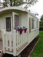 Aangeboden: Pipowagen Zigeunerwagen buitenspeelgoed bouwkeet woonwagen TINY HOUSES n.o.t.k.