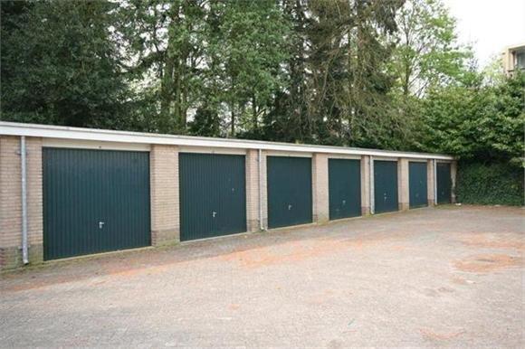 Garage Huren Utrecht : Te huur een garagebox soest op colenso 120 euro te huur aangeboden