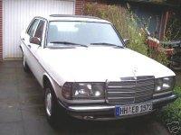 Veel onderdelen voor klassieke Mercedes