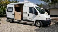Aangeboden: Buscampers met vast bed 2-3 persoons € 495,-