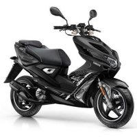 Yamaha Aerox R Naked scooter (2-takt)