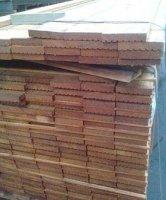 Hardhouten palen balken vlonderdelen vlonderplanken damwand