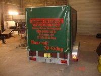 Aanhangwagens te huur met huif. 1m50