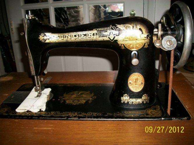 Oude Singer Naaimachine Te Koop Aangeboden Op Tweedehandsnet