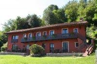 Aangeboden: 4 appartementen - Meer Lago Maggiore € 675,-