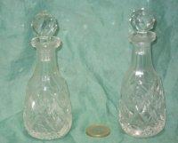 2 kleine kristallen hand geslepen flesjes