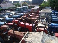 Te koop gevraagd: FORD-MF tractoren,