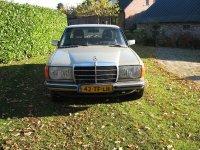 Aangeboden: Mercedes W 123 300 D n.o.t.k.