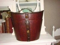 Oude Engelse hoedenkoffer.