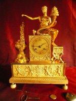 Allegorische Empire verguld bronzen klokken