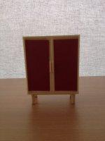 Poppenhuis servieskast rood wit kunststof 2