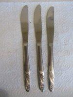 3 messen met takje op handvat