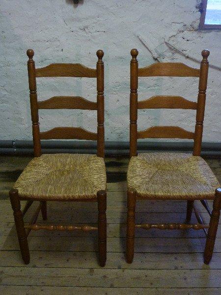Eetplaatsstoelen te koop aangeboden op for Tweedehands eetkamerstoelen
