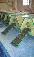 Nestkasten voor Eenden en Kriel Kippen.