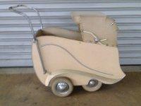 Aangeboden: Kinderwagen JAREN 1930 en 1950 € 390,-