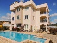 Turkije-Demirtas ruime villa,prive zwembad,lage prijs