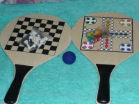 Tas met twee houten spel bats