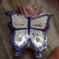 Porseleinen vlinder vaasje