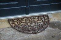 Halfronde gietijzeren deurmat van Esschert Design