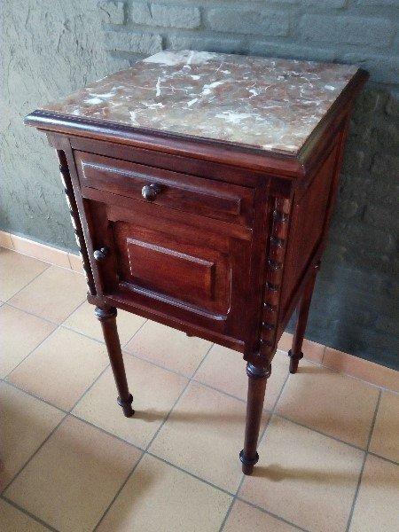 Nachtkastje Met Marmerenblad.Antiek Nachtkastje Marmeren Blad Te Koop Aangeboden Op Tweedehands Net