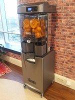 Zumex sinaasappelpers volautomaat
