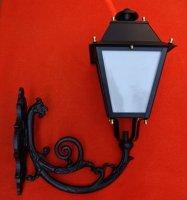 Buitenverlichting, wandlantaarns, tuinlampen, lantaarnpalen