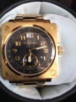 Aangeboden: Paul Versan vierkant goudkleurig horloge € 125,-