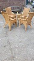 Leuke tuinset tafel en stoelen