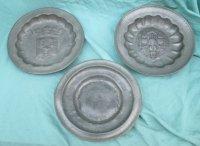 3 oude tinnen borden