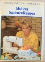 Modieus naaien en knippen