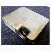 Aangeboden: Hitachi professionele beamer, type CP-X1200, 3500 lumens € 100,-