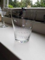 Gezocht 2 glaasjes uit servies