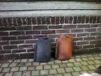 Aangeboden: Oud-hollandse dakpannen blauw gesmoord 1000 st € 0,50