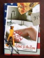 Silent to the bone (Ned.) -