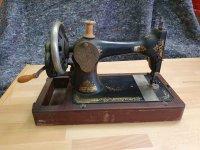 100 jaar oude Singer naaimachine