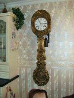 Aangeboden: Zeer mooie Comtoise klok met bloemslinger € 375,-