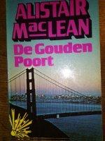 Aangeboden: Alistair MacLean - De Gouden Poort € 1,-