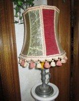 Antieke grote lampadaire in tin