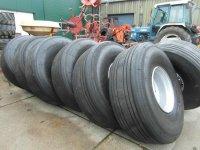 Giertank wielen of voor grond dumper