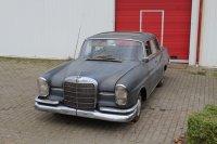 Aangeboden: Mercedes 220S / automaat € 7.900,-