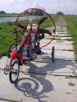 Aangeboden: Trike Flyke kompleet met motor en scherm en veel accessoires € 5.200,-