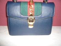 Aangeboden: Gucci tas Silvie bag blauw leer met rood groen 25x18x8cm € 75,-